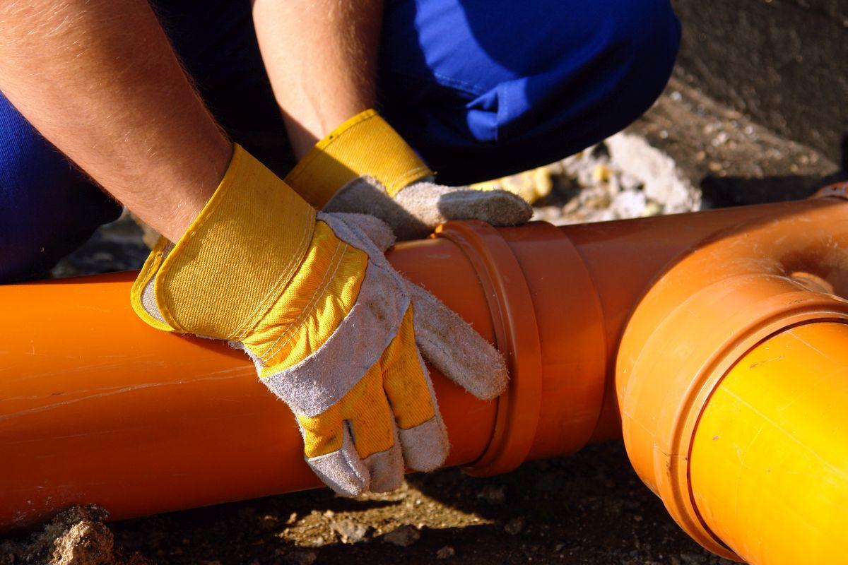 Wezwanie pogotowia hydraulicznego i związane z tym koszty